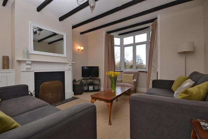 Details about a cottage Holiday at 2 Knoll Cottages