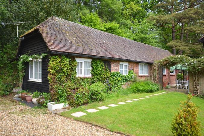 Click here for more about Gorley Firs Cottage