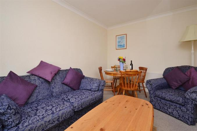 May Cottage is in Milford on Sea, Hampshire