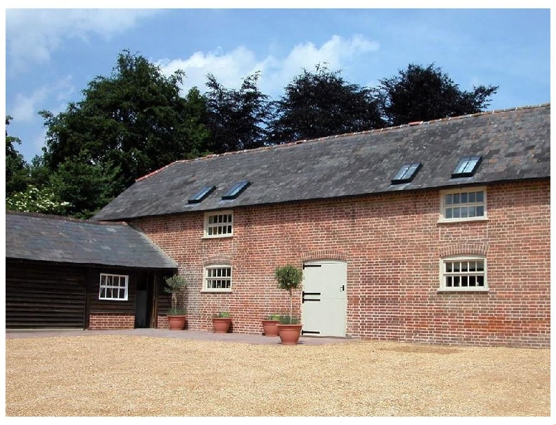Click here for more about Stable Cottage- Rockbourne
