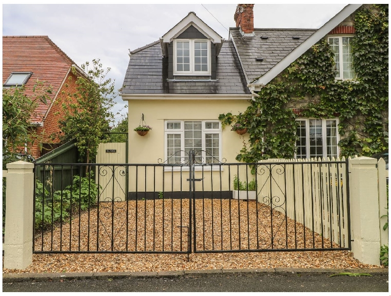 Click here for more about Beau Annexe